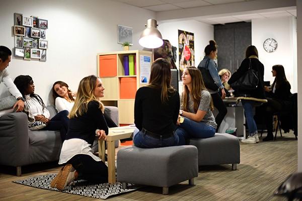 École Supérieure de Commerce, Management et Marketing - ESUP Paris école de commerce en alternance
